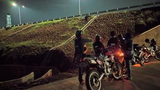 Tim Jaguar Polres Depok buru pelempar batu di Tol Depok Antasari (Desari)