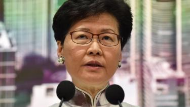 https://thumb.viva.co.id/media/frontend/thumbs3/2019/06/16/5d05a4bbd0022-hong-kong-ruu-ekstradisi-ditangguhkan-pemimpin-menyesal-memicu-kontroversi_375_211.jpg