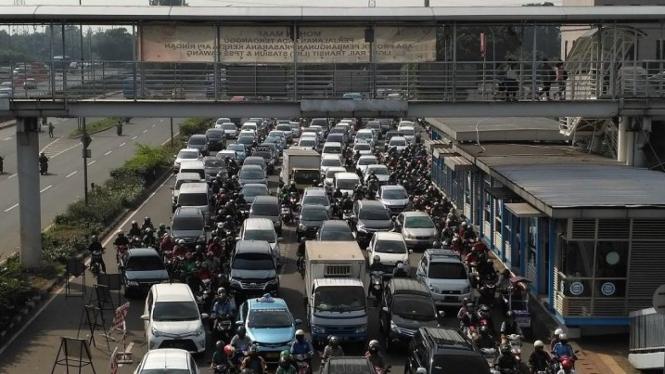 Kondisi lalu lintas jalan di Jakarta