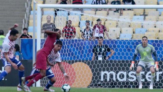 Duel Paraguay vs Qatar di Copa America 2019.