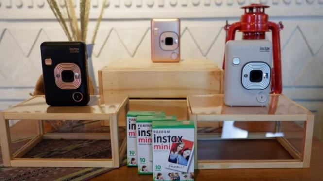 Fujifilm Instax Mini Liplay.