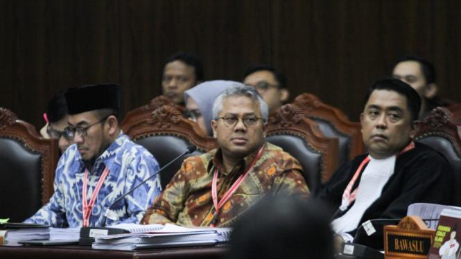 Ketua KPU Arief Budiman dalam Sidang Gugatan Pilpres 2019 di MK