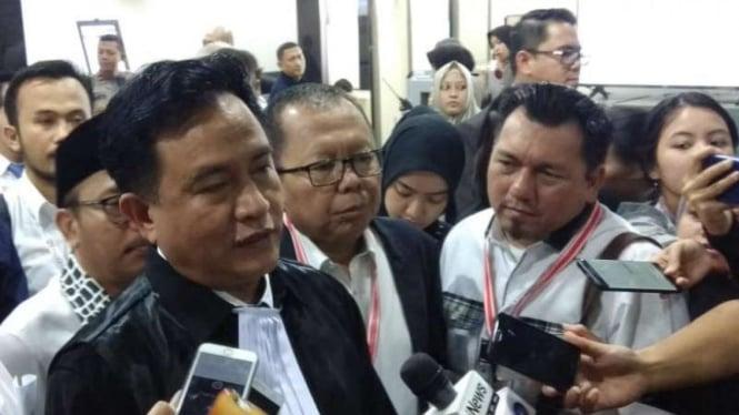 Ketua tim hukum Jokowi-Ma'ruf, Yusril Ihza Mahendra di Gedung MK.