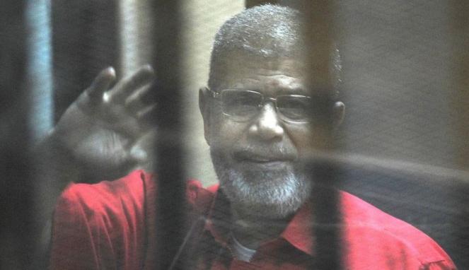 https://thumb.viva.co.id/media/frontend/thumbs3/2019/06/19/5d09c48397b4b-muhammad-mursi-pbb-serukan-penyelidikan-atas-kematian-mantan-presiden-mesir_663_382.jpg