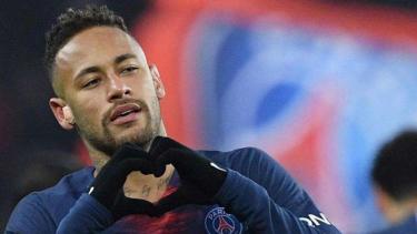 Megabintang Paris Saint-Germain (PSG), Neymar