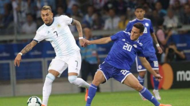 Duel Argentina vs Paraguay.