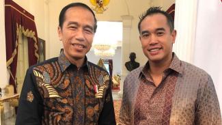Komisaris Utama PT VIVA Media Baru dan PT Lativi Media Karya (tvOne), Anindra Ardiansyah Bakrie, bertemu Presiden Jokowi di Istana Merdeka Jakarta.