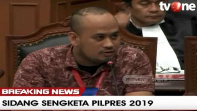 Dimas Yemahura, adalah salah satu saksi yang dihadirkan kubu Prabowo-Sandiaga.