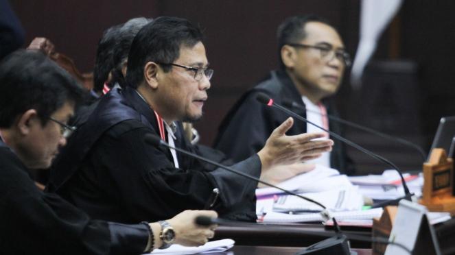 Tim hukum Prabowo-Sandi di sidang gugatan Pilpres 2019 di MK, 20 Juni 2019
