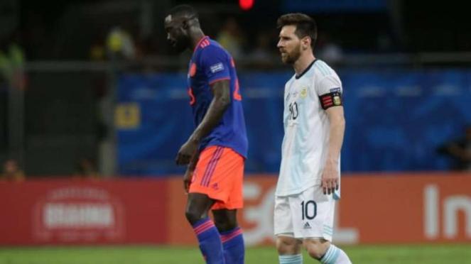 Ekspresi kecewa kapten Timnas Argentina, Lionel Messi, usai kalah dari Kolombia