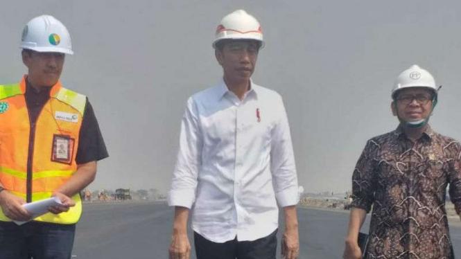 Presiden Jokowi tinjau pembangunan runway ketiga Bandara Soekarno Hatta