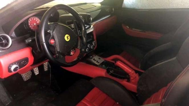 Ferrari 599 GTB yang dijual murah