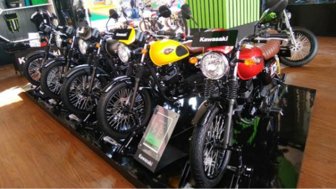 Motor Kawasaki W175