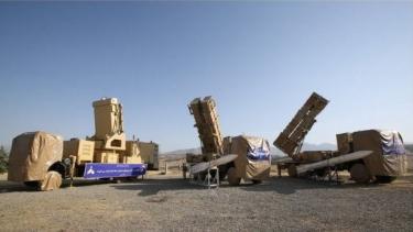 https://thumb.viva.co.id/media/frontend/thumbs3/2019/06/23/5d0f3d776b12c-krisis-teluk-as-meluncurkan-serangan-siber-terhadap-sistem-senjata-iran_375_211.jpg