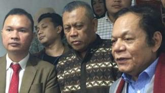 Eggi Sudjana keluar dari tahanan Polda Metro Jaya, Senin, 24 Juni 2019.