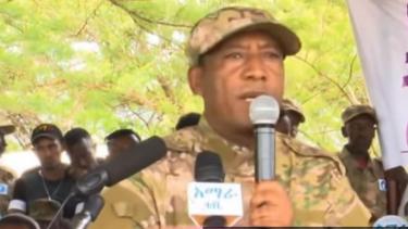 https://thumb.viva.co.id/media/frontend/thumbs3/2019/06/25/5d11877e9a6a5-ethiopia-tersangka-dalang-kudeta-dibunuh-setelah-panglima-militer-tewas-ditembak_375_211.jpg