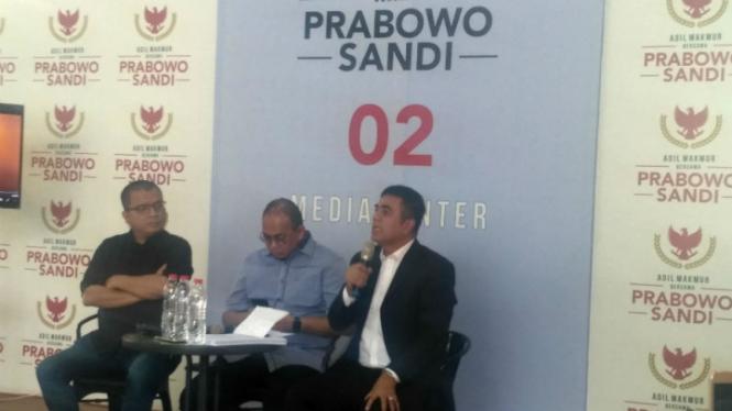 Tim kuasa hukum kubu Prabowo-Sandiaga