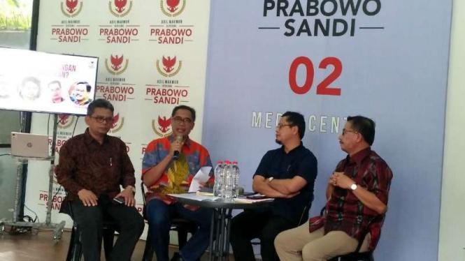 Diskusi di media centre Prabowo-Sandi, Rabu, 26 Juni 2019.