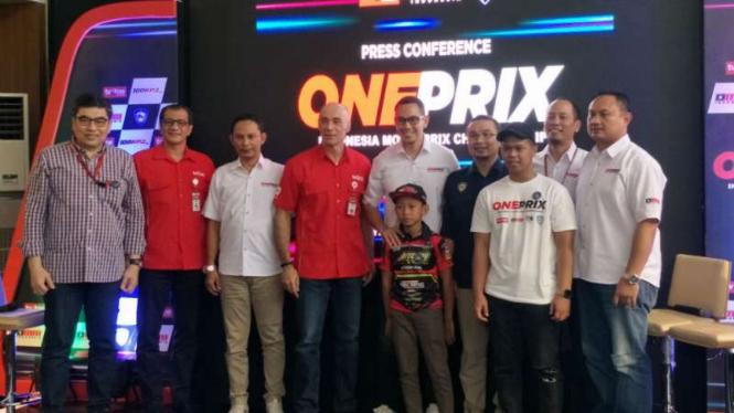 Konferensi pers Oneprix.