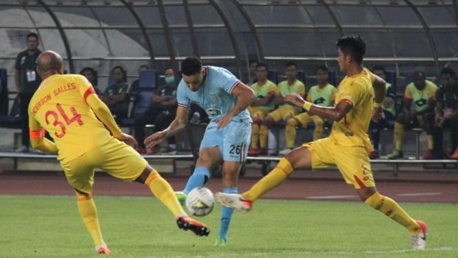 Pertandingan Bhayangkara FC vs Persela