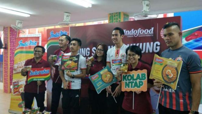 Persija Jakarta bersama Jakmania di Pekan Raya Jakarta.