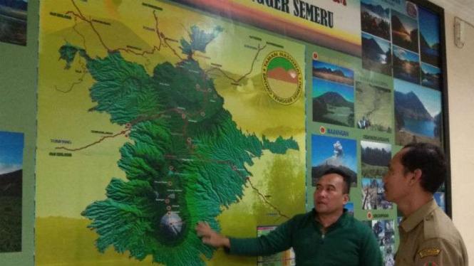 Koordinator Pengendali Ekosistem Hutan TNBTS, Agung Siswoyo