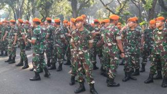 Personel TNI amankan sidang sengketa pilpres di MK, Kamis, 27 Juni 2019.
