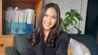 https://thumb.viva.co.id/media/frontend/thumbs3/2019/06/27/5d14521480ea8-aktris-jessica-mila_325_183.jpg