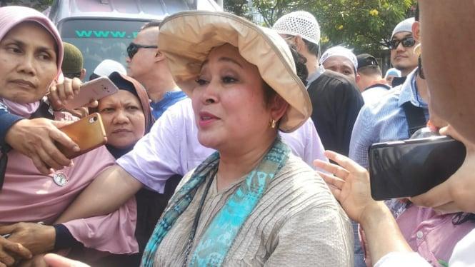 Titiek Soeharto ikut aksi di MK