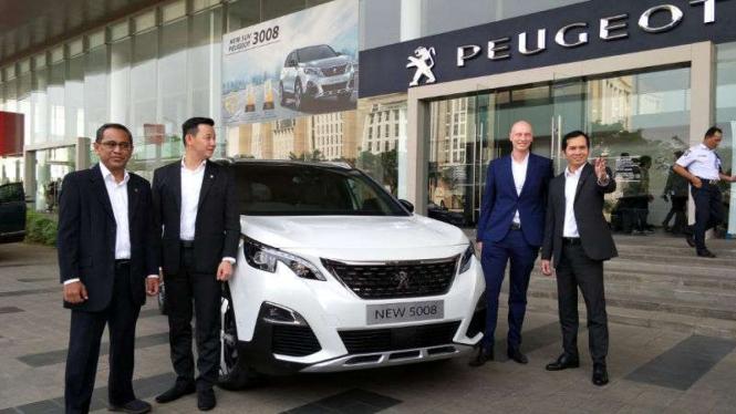 Peluncuran New Peugeot 5008