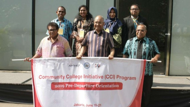 Para penerima program Community College Initiative asal Papua dan Papua Barat.