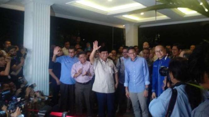 Prabowo Subianto dan Sandiaga Uno.