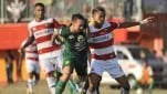 https://thumb.viva.co.id/media/frontend/thumbs3/2019/06/28/5d15182920225-persebaya-vs-madura-united-di-piala-indonesia_151_85.jpeg