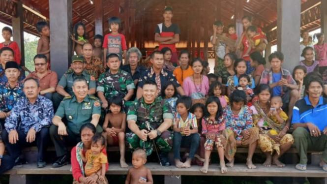 Tim Wasev Mabes TNI tinjau pembangunan rumah suku anak dalam