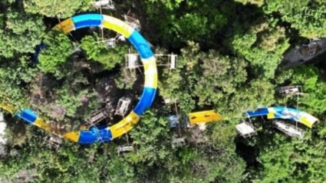 Seluncuran terpanjang di tengah hutan di Malaysia