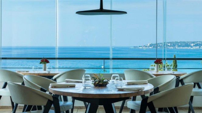 Restoran Mirazur di Prancis.