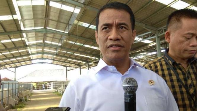 Menteri Pertanian Amran Sulaiman di Loka Penelitian Sapi Potong, Grati, Pasuruan, Jawa Timur, Jumat, 28 Juni 2019.