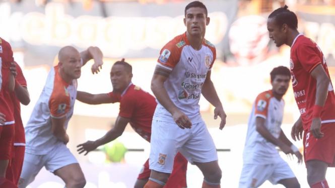 Pertandingan Persija Jakarta vs Borneo FC