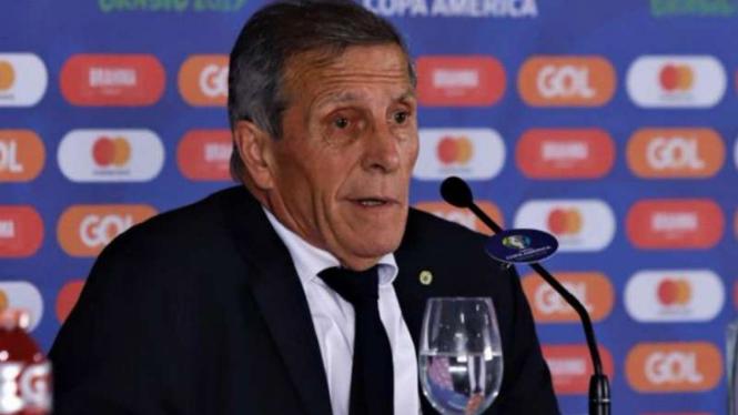 Pelatih Uruguay, Oscar Tabarez.