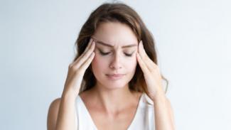 Ilustrasi stres/sakit kepala/pusing.