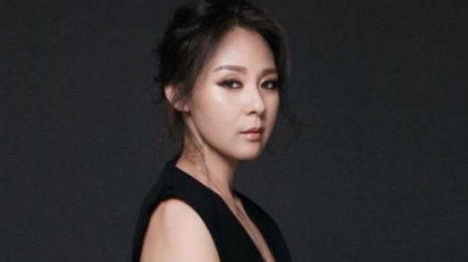 Jeon Mi Sun.