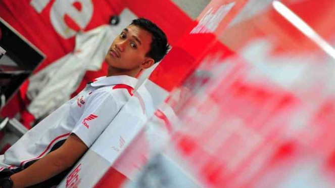 Awhin Sanjaya di paddock Astra Honda Racing Team (AHRT).