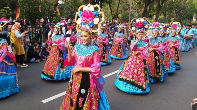 Pawai HUT Jakarta ke-462