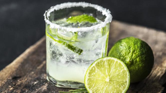 Ilustrasi koktail/cocktail.