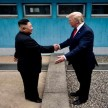 Kim Jong-un bertemu Presiden AS Donald Trump di DMZ