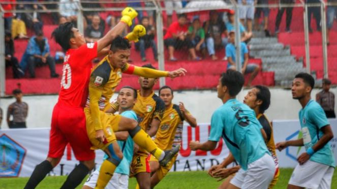 Duel Mitra Kukar vs Bogor FC Sulut United