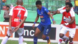 Arema FC saat melawan Persipura Jayapura.