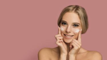 Pemilik Kulit Sensitif Ternyata Gak Boleh Pakai Skincare Berbentuk Gel