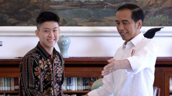 Rich Brian dan Jokowi