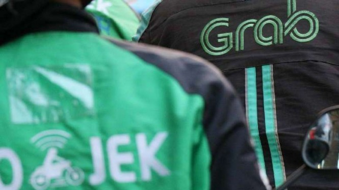 Gojek dan Grab Nonaktifkan Fitur Ojol Angkut Penumpang di Jakarta